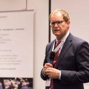 SMA Technologievorstand Jürgen Reinert begrüßte als Gastgeber die Teilnehmer.