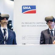 VR Brillen zur Ansicht der SMA Produktion