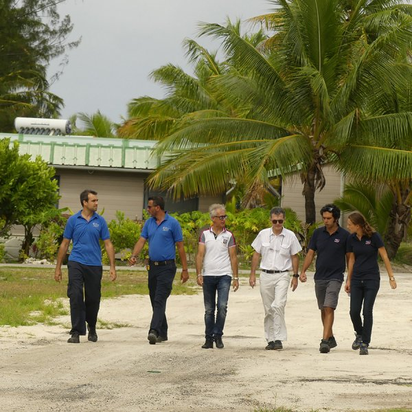 solar experts on Tetiaroa